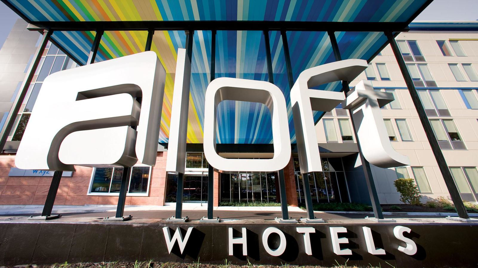 Hotel Features - Aloft Miami Dadeland
